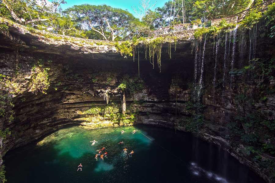 Cenote cerca de Mérida - vidaenyucatan.com