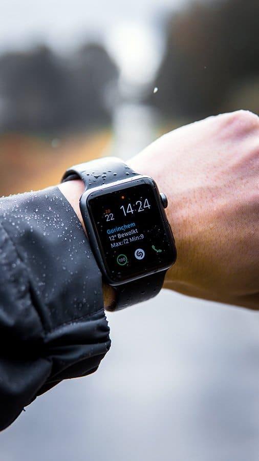 smartwatch advantages